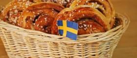 Schwedische Zimtschnecken mit einer Glasur aus Hagelzucker (Quelle: fotolia)