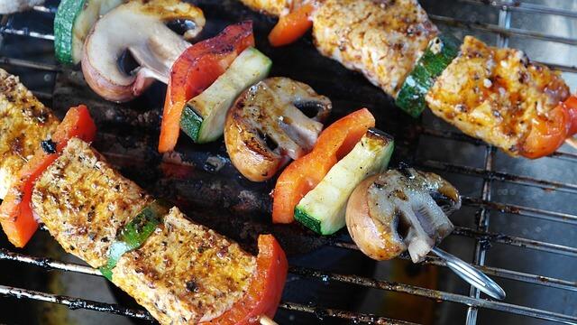 Gas Oder Holzkohlegrill Was Ist Besser : Gasgrill oder holzkohlegrill: womit gelingt das grillgut besser